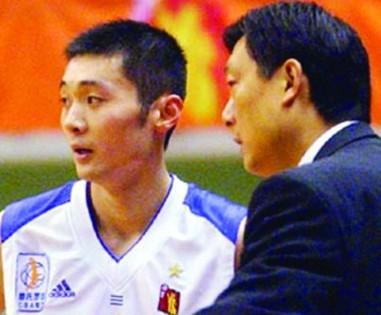 李秋平:刘炜攻击力强,可国家队教练不让攻