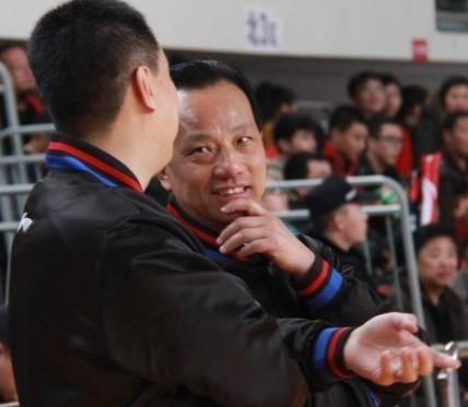 争议裁判吴敏华复出,吹罚津粤大战