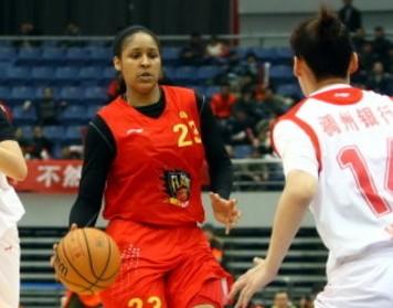 女篮决赛MVP非摩尔,颁给本土控卫吴金珠