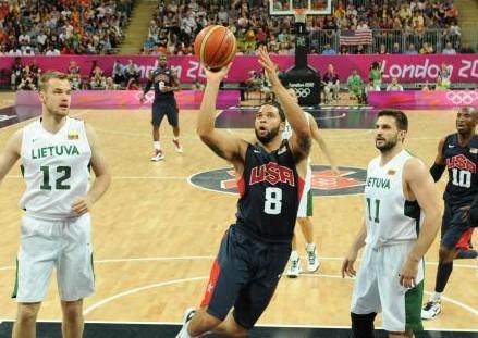 美国男篮主席:德隆在奥运之前有点超重