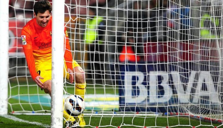 梅西梅开二度,巴萨客场2-1逆转格拉纳达