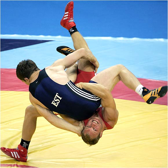 举摔柔中心摔跤部长:摔跤不会轻易出奥