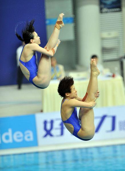 跳水世界杯:吴敏霞/施廷懋3米板夺冠