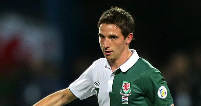 天空体育:乔-阿伦因伤退出威尔士国家队