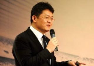 小贝代言中超遭BBC记者刁难,张斌回击