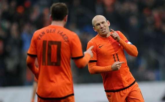 德容罗本_德容:荷兰这次会更团结,罗本是成功关键_虎扑国际足球新闻