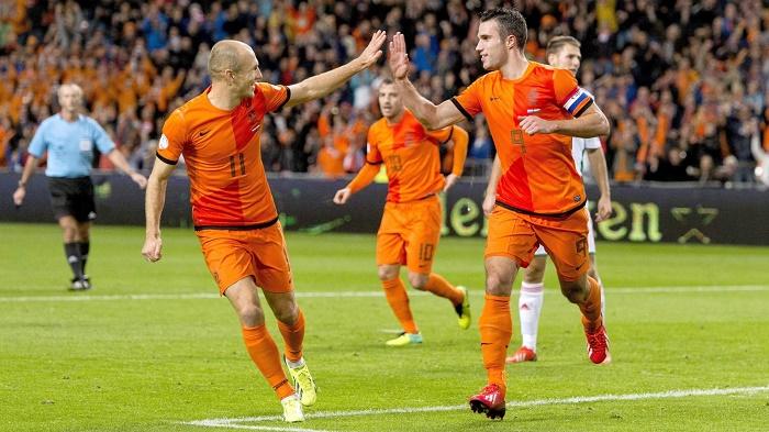 德容罗本_荷兰世界杯23人大名单:罗本范佩西领衔_虎扑国际足球新闻