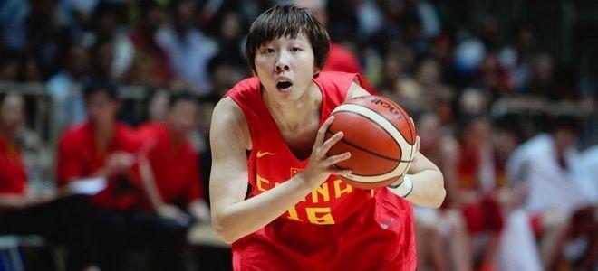 女篮领队:吴迪技术粗糙还需磨练