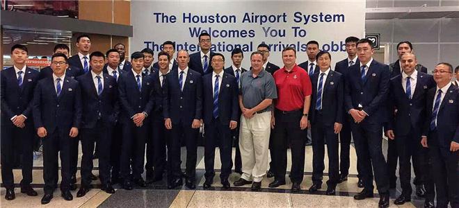 火箭欢迎上海男篮到访休斯顿