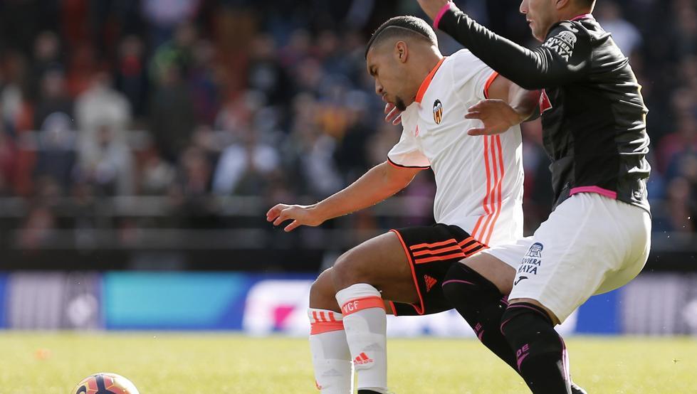 传瓦伦西亚前锋巴卡利有意离队加盟波尔图