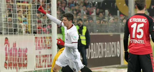 莱万双响+补时绝杀,拜仁客场2-1弗赖堡