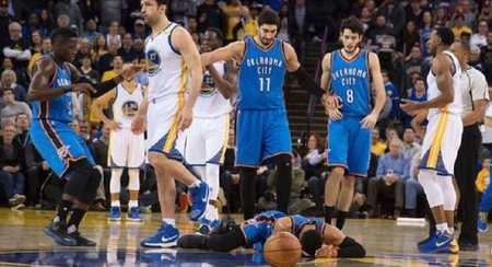 安東尼-莫羅:NBA不是摔跤比賽