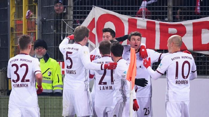 真半程冠军!拜仁第22次获得德甲半程冠军