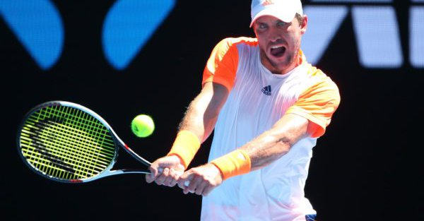 M-兹维列夫爆冷胜穆雷 生涯首次晋级大满贯八强