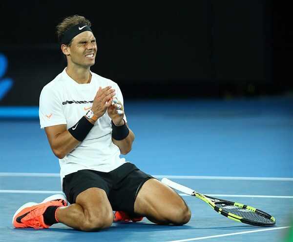 纳达尔苦战五盘击败迪米特洛夫 和费德勒会师澳网决赛