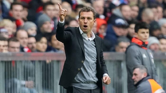 沙尔克主帅:和拜仁踢平感到满意,本有机会取得领先
