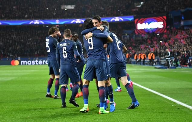 欧冠:迪马利亚双响,巴黎主场4-0巴萨