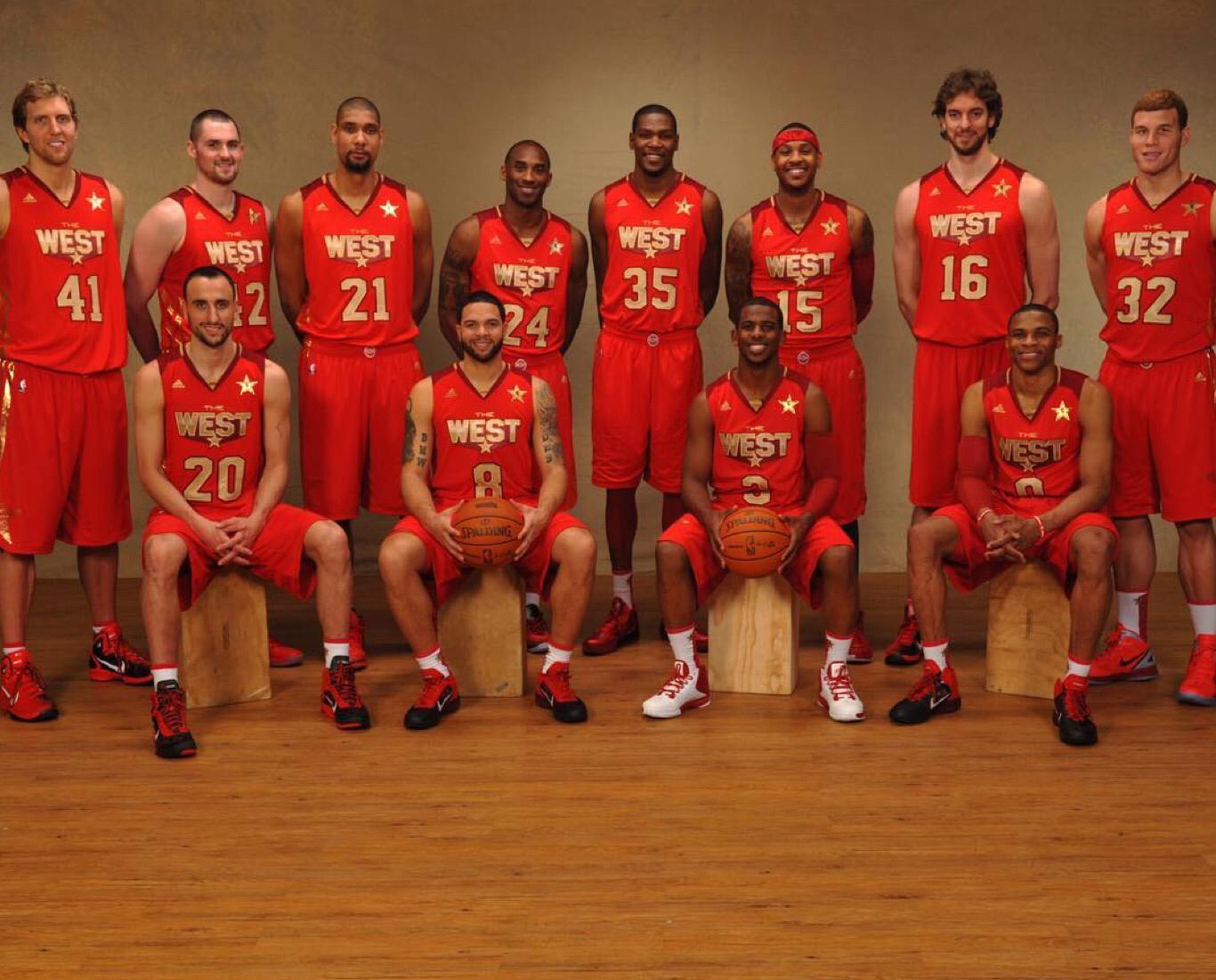 qq明星足球经理_SLAM晒2011年西部全明星合照:选出5位首发_虎扑NBA新闻
