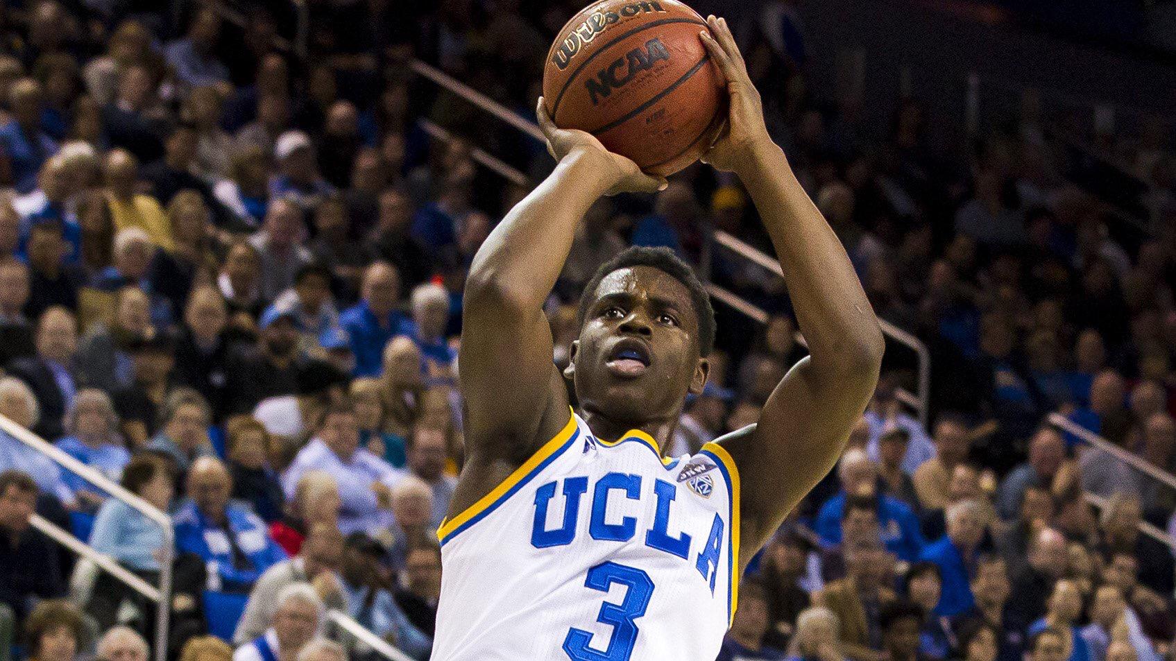 霍勒迪的弟弟NCAA比賽中得到15分11個助攻
