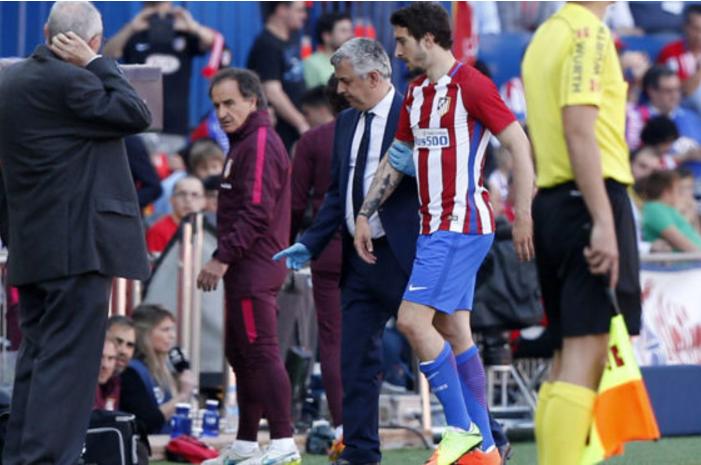 官方:马竞边后卫福萨里科左膝十字韧带受伤