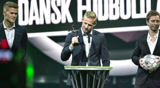 好事连连,小舒梅切尔当选丹麦足球先生