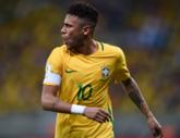 巴西vs巴拉圭首发:内马尔重新佩戴队长袖标