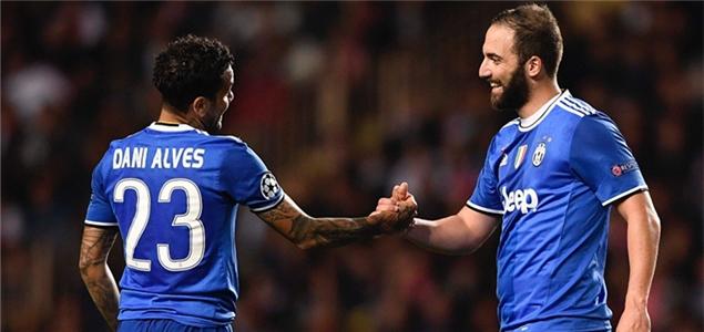 欧冠:阿尔维斯两助伊瓜因双响,尤文客场2-0摩纳哥