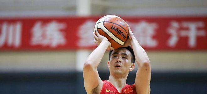 赵继伟:希望起到带头作用,红蓝两队是良性竞争