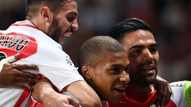 姆巴佩建功,摩纳哥2-0圣埃蒂安提前获得法甲冠军