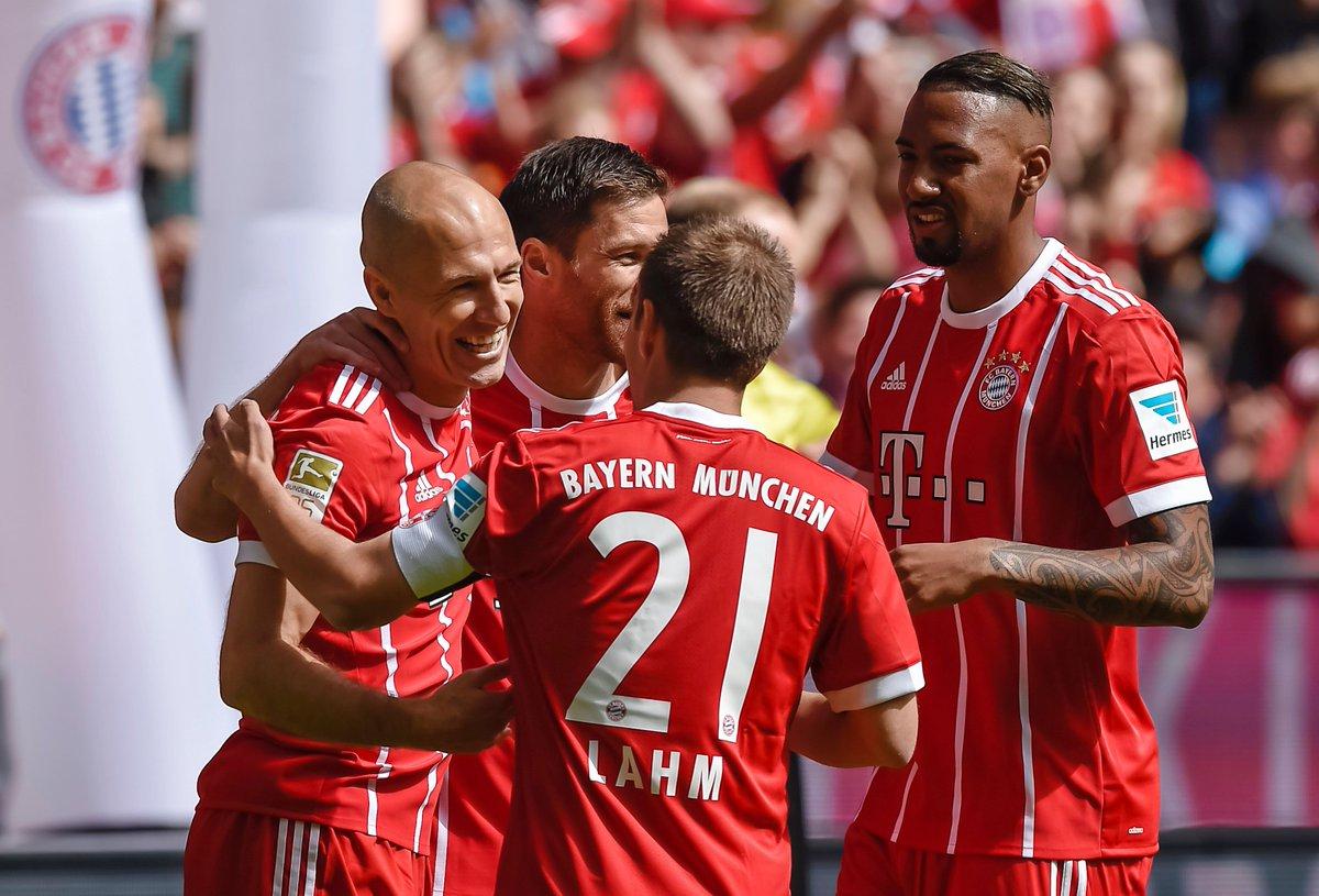 德甲大结局:拜仁夺冠,汉堡击败狼堡保级成功