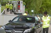 应对爆炸袭击,曼联球员座驾被进行强制安检