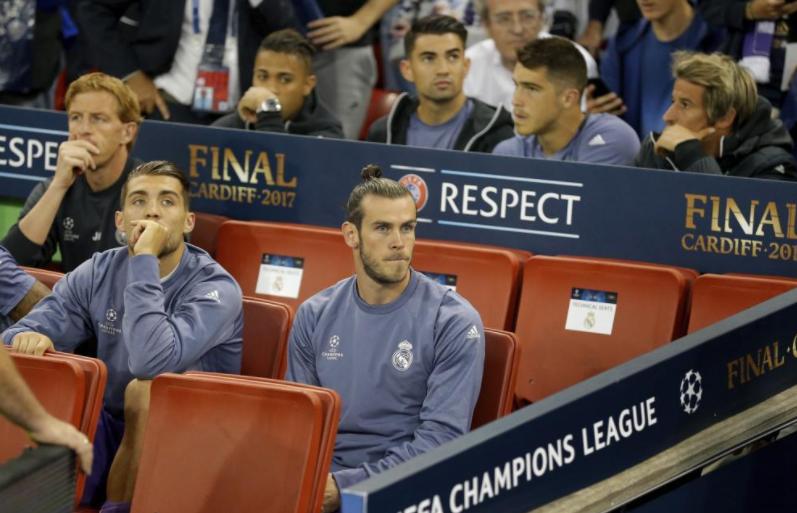 科恩特朗去哪儿了?皇马边卫缺席球队欧冠庆典