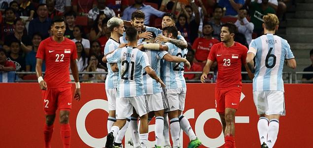 友谊赛:迪马利亚传射,阿根廷6-0大胜新加坡