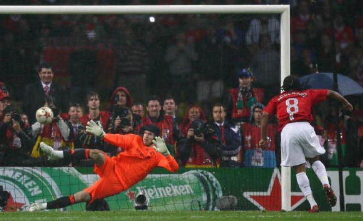 安德森忆曼联:当年罚欧冠关键点球时,我整个人都在颤抖