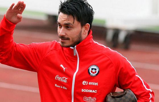 皮尼利亚和热那亚解约,将重返家乡智利踢球