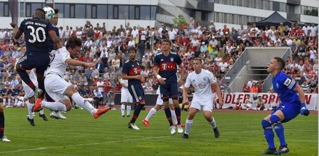 埃维纳科曼均梅开二度,拜仁9-1埃尔朗根布鲁克