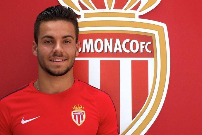 官方:摩纳哥宣布签下奥萨苏纳门将费尔南德斯