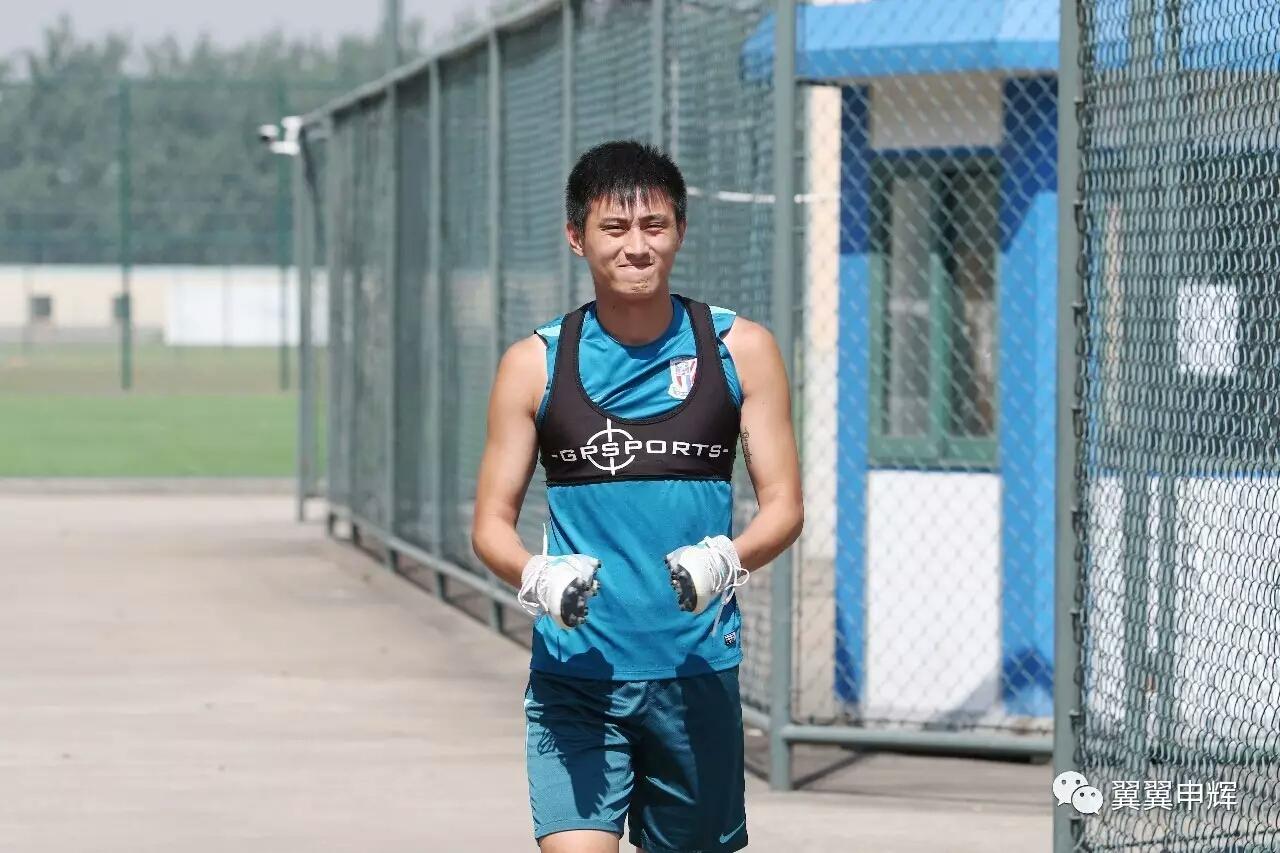 朱建荣:时刻准备上场,生日许愿取得在申花首球
