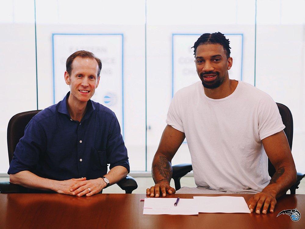 魔術正式和伯奇簽下一份雙向合同