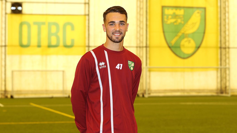 官方:诺维奇签下利物浦青训小将菲利普斯