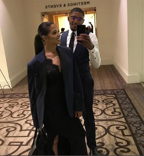 依舊好看!比爾女友穿上比爾西裝