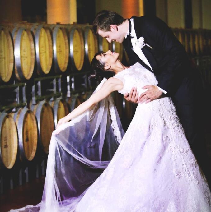 揚-韋塞利與女友昨日正式完婚