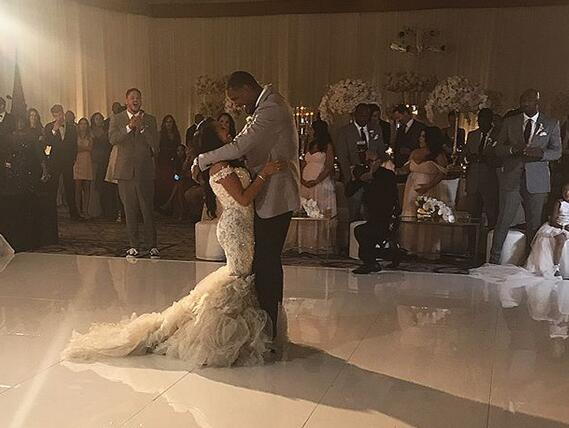 鮑比-佈朗:非常高興能見證阿裡紮的婚禮