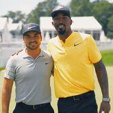 高尔夫运动员活动现场合影JR-史密斯