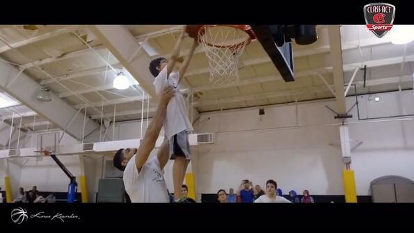 坎特發視頻展示自己的籃球訓練營情況