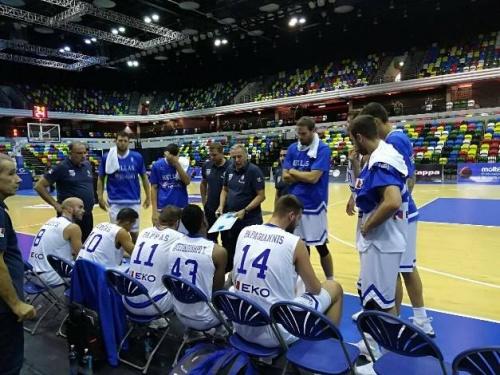 希臘熱身賽戰勝英國,帕帕尼古拉烏得到12分
