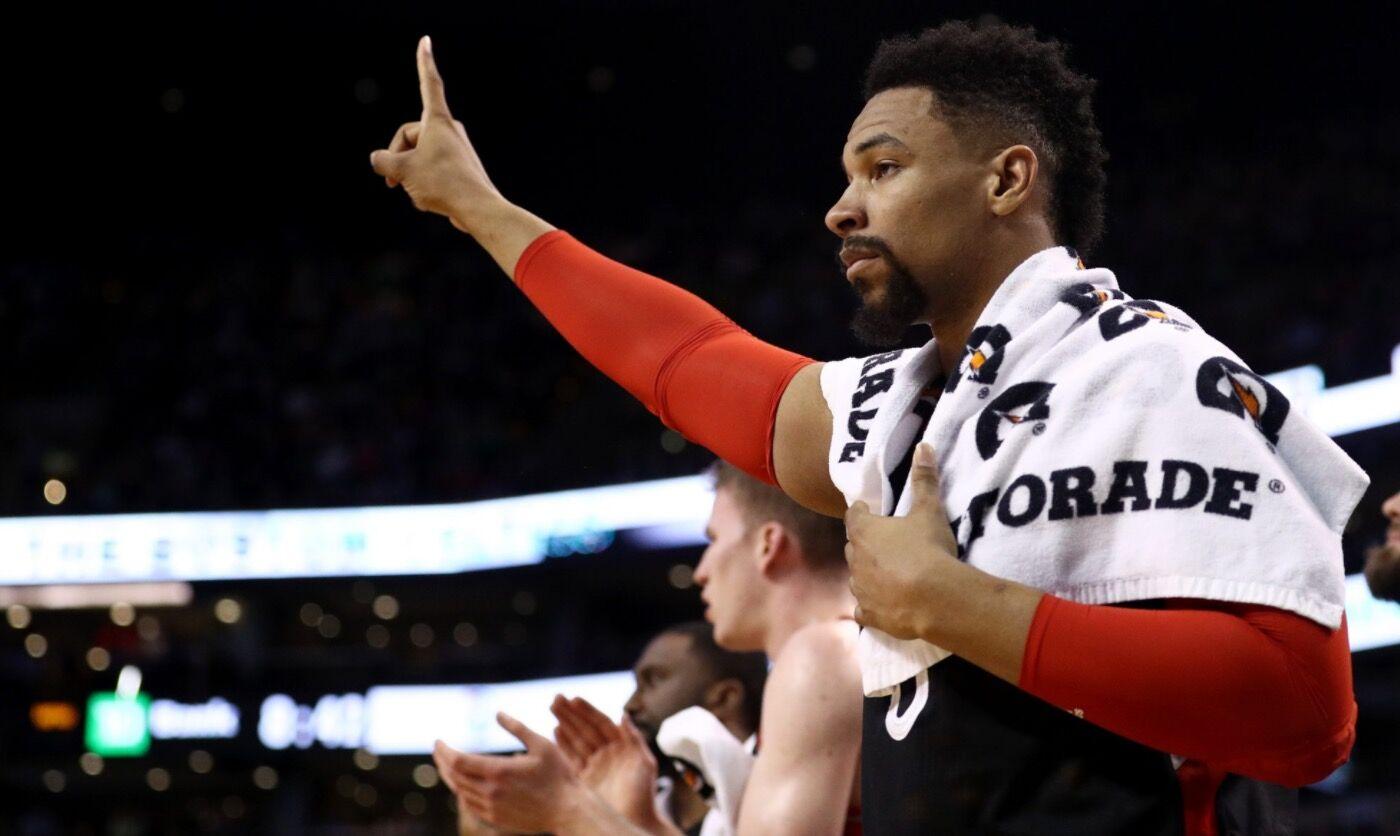 欧媒:深圳与前NBA中锋萨林杰签下2个月短约