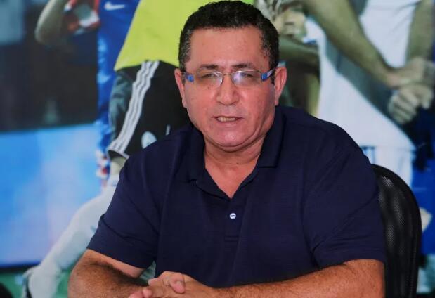 以色列足协主席怼扎哈维:队长袖标如国旗,不是抹布!