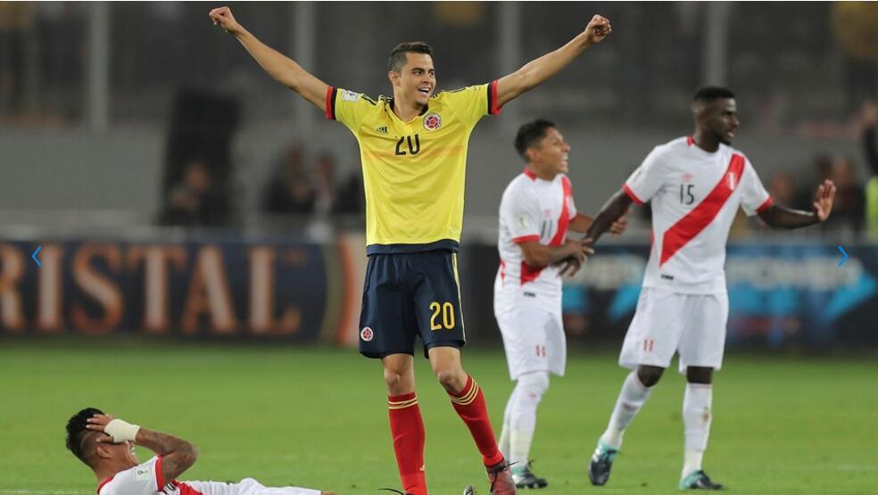 一图流:申花队长莫雷诺高举双臂庆祝哥伦比亚晋级世界杯