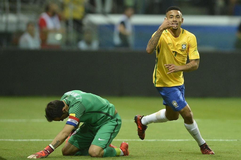 GIF:快速反击,热苏斯助巴西锁定胜局